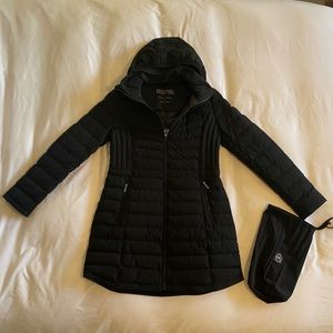 Micheal Kors Puffer with detachable hood